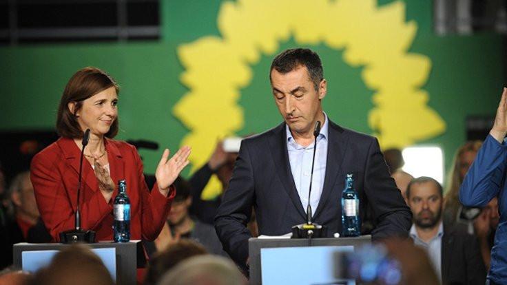 Alman meclisine giren 14 Türkiyeli vekil