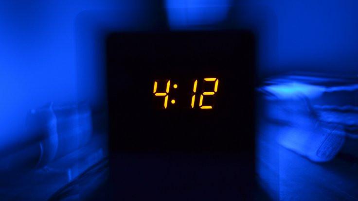 Uykusuzluk / Sonu gelmeyen geceler