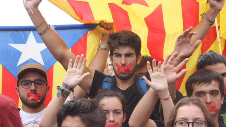 Bir öğrenci örgütü Barselona'yı yürütüyor