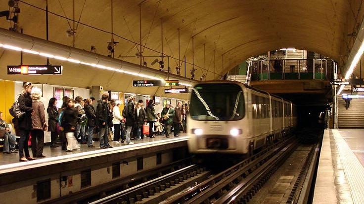 Fransa'da metroda bıçaklı saldırı