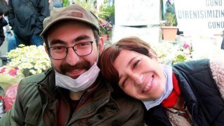 Doktorlardan açıklama: Gülmen 33, Özakça, 45 kiloya düştü