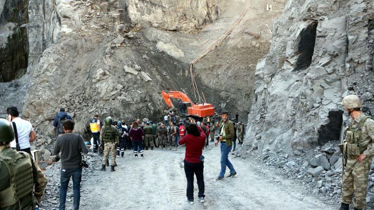 Yüksel: Maden kaçak değil, son ihalesi Mart'taydı