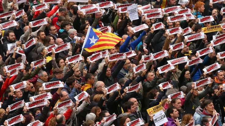 Katalonya'da sendikalar genel greve gitti