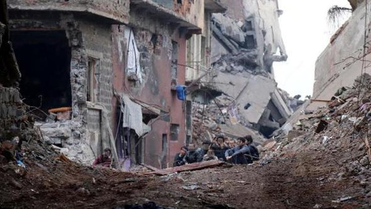 Sur'da 11 çocuğa verilen hapis cezası 'delil yetersizliği'nden bozuldu