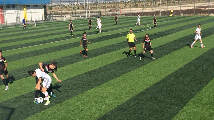Beşiktaş, Amedspor'u farklı mağlup etti