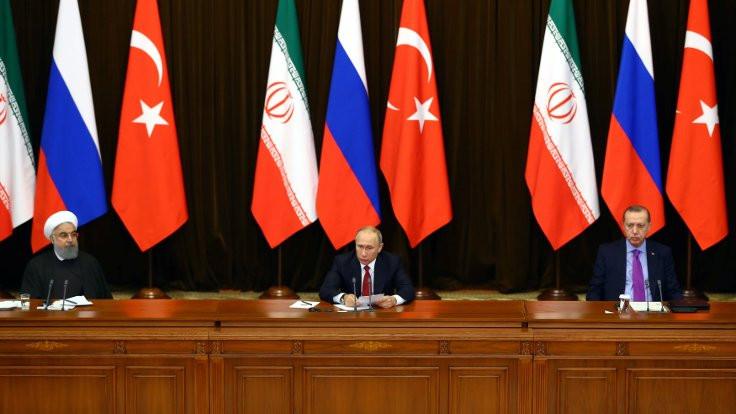 Erdoğan, Putin ve Ruhani ortak bildiri hazırladı