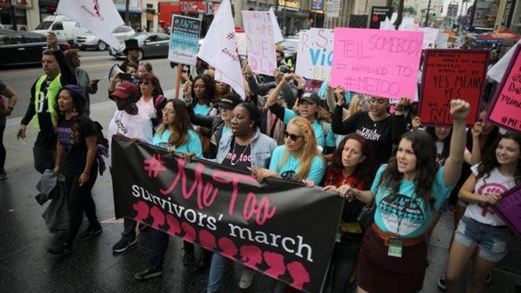 Hollywood'da kadınlar tacize karşı yürüdü