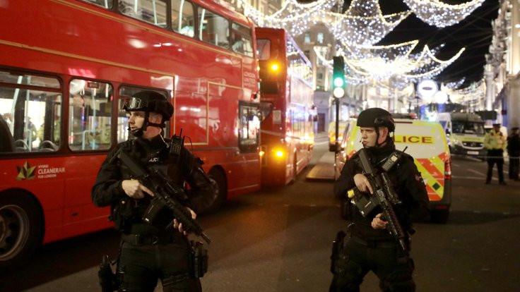 Londra'da, 'ateş açıldı' paniği