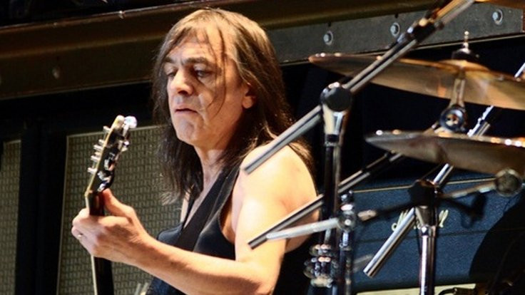 AC/DC gitaristi Malcolm Young hayatını kaybetti