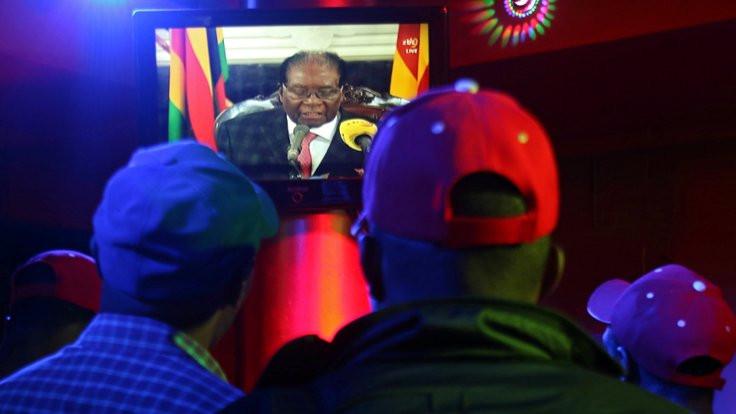 İddia: Mugabe istifa ediyor