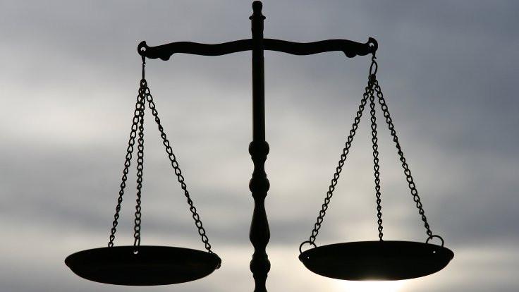 Adaletin bağrındaki boşluk