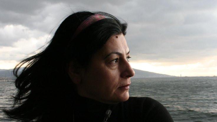 'Kadın şairler şiire sahicilik kattı'