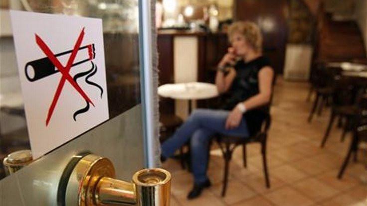 Avusturya'da sigara yasağından vazgeçildi!