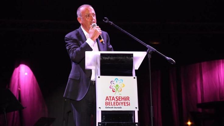 Ataşehir Belediye Başkanı Battal İlgezdi, görevden uzaklaştırıldı
