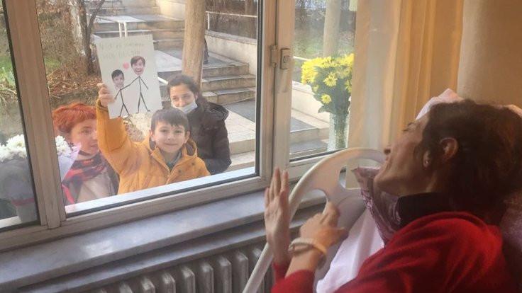 Nuriye Gülmen'i ağlatan resim