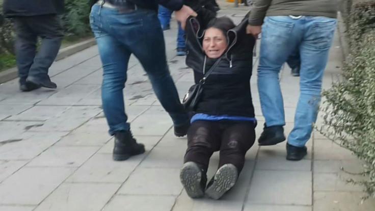 Özakça'nın annesi ve Gülmen'in kardeşine gözaltı
