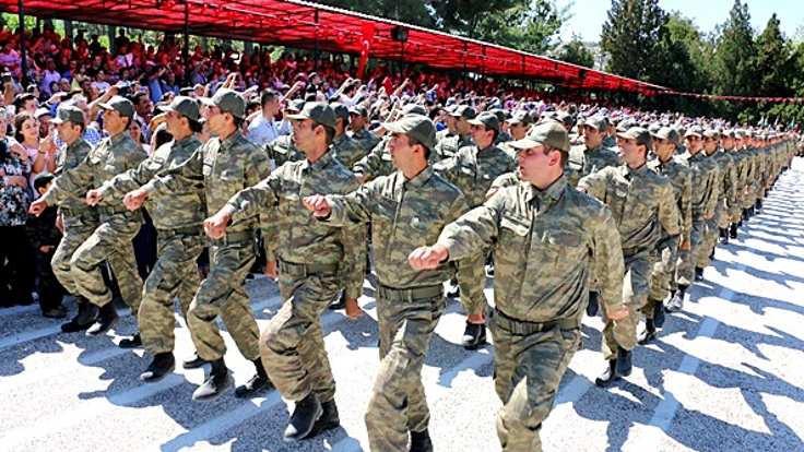 'Gönüllü askerlik' teklifi Meclis'te