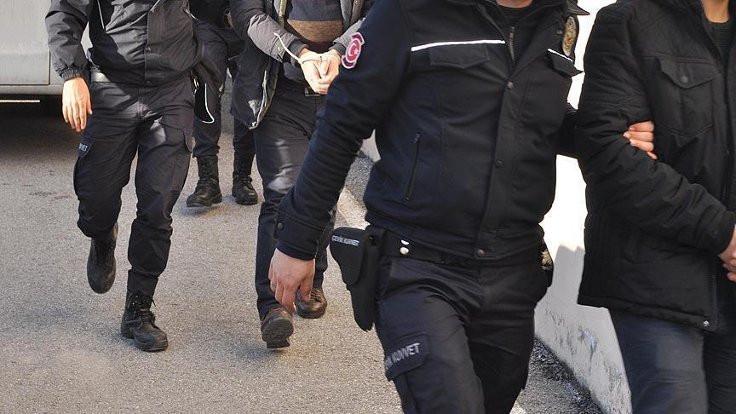 Diyarbakır'da siyasetçi ve sendikacılar gözaltına alındı