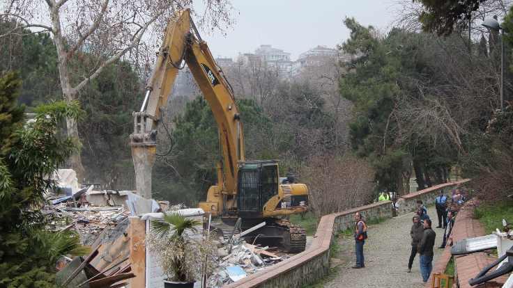 Maçka Parkı'nda yıkım sürüyor