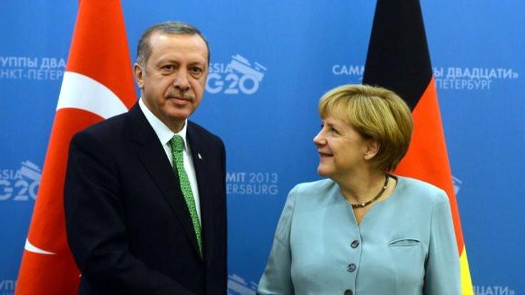 'Erdoğan'dan Merkel'e Öksüz teşekkürü'
