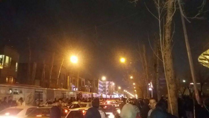 İran halkının protestolarının kökleri ve perdesi arkası