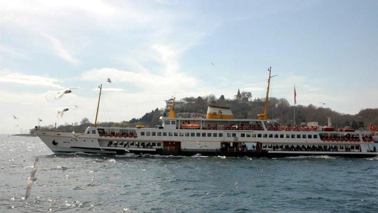 İstanbul Boğazı'nda gemi trafiği durdu
