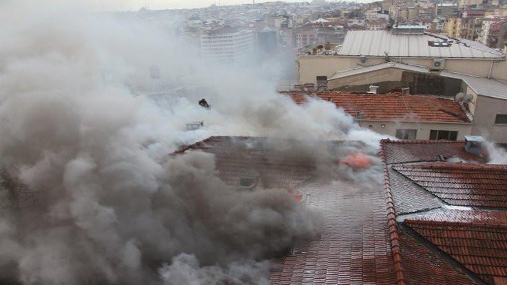 Eski hastanede yangın
