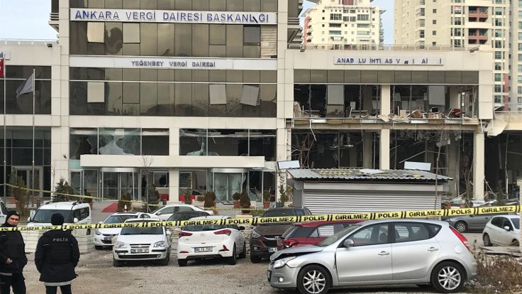 Patlamada intihar iddiası