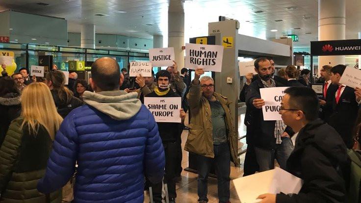 Barcelona'da insan haklarını bekliyorlar!