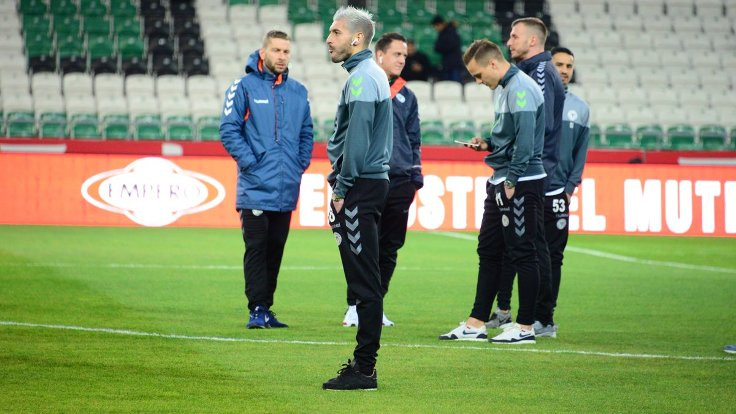 Atiker Konyaspor-Beşiktaş maçının ilk 11'leri belli oldu