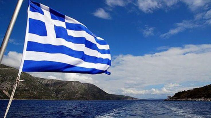 Yunan basını: 17 kişi sığınma istedi