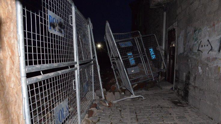 Sur'da patlama: 2 kişi yaralandı