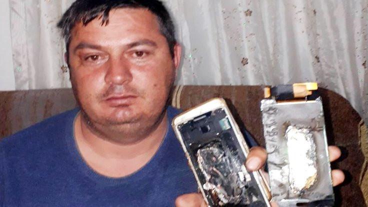 Patlayan cep telefonu evi yakıyordu