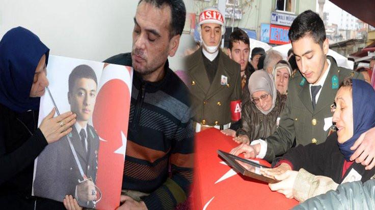 El Bab'da arkadaşının ailesini teselli eden teğmen Afrin'de yaşamını yitirdi