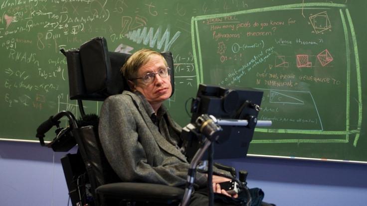 İstanbul için Stephen Hawking teklifi