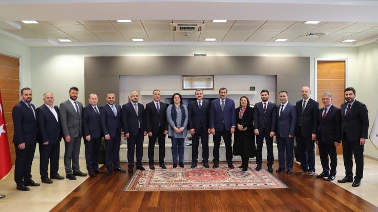 AK Parti, İstanbul'da 14 ilçenin başkan adaylarını açıkladı