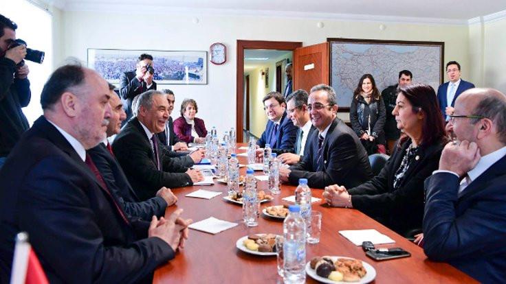 CHP'den 4 partiye 'seçim güvenliği' ziyareti