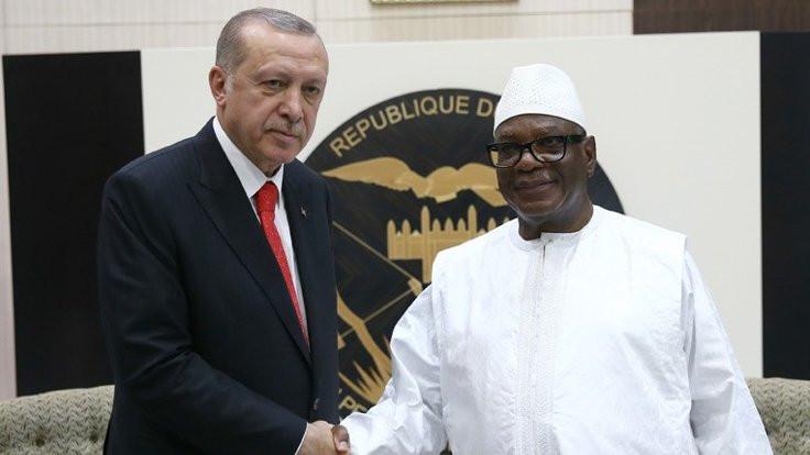 Erdoğan'dan Mali'ye metrobüs önerisi