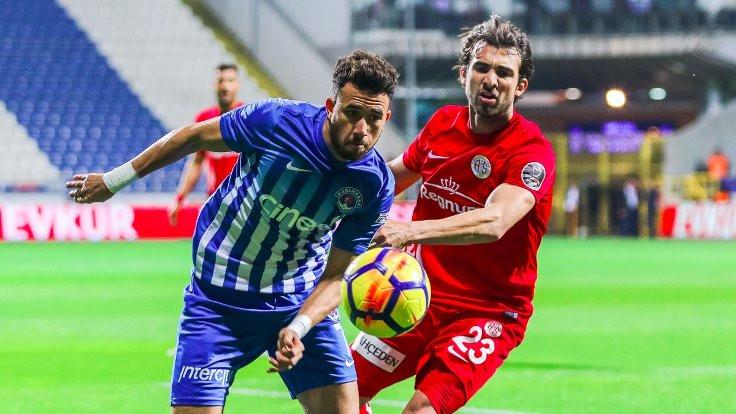 Kasımpaşa'da 5 gol, 1 kırmızı kart