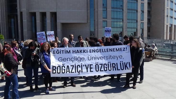 Boğaziçili öğrencilerden 9'u tutuklandı