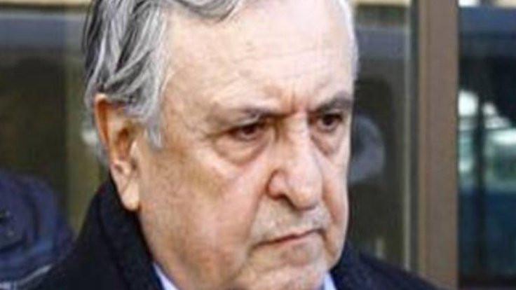 Eski bakan Vuralhan bıçaklanarak öldürüldü