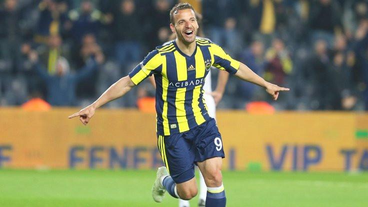 Fenerbahçe 6 dakikada bulduğu gollerle kazandı