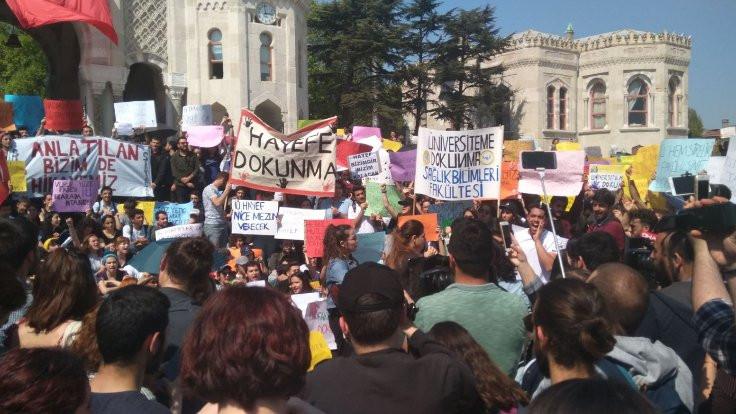 İstanbul Üniversitesi'nde 'bölünmeye karşı' eylem