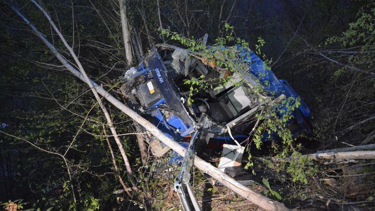 Cezaevi aracı kaza yaptı: 2 asker ve sürücü hayatını kaybetti