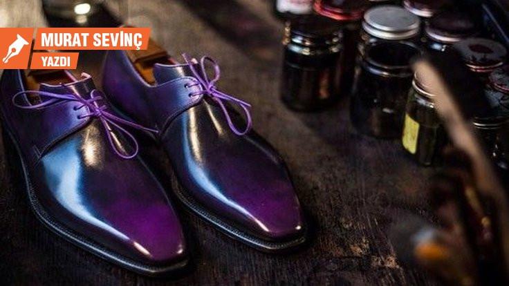 Mor erkek ayakkabısı...