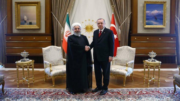 İran ve Türkiye ilk defa döviz takası yaptı