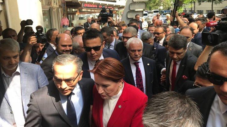 Meral Akşener adaylık başvurusunda bulundu