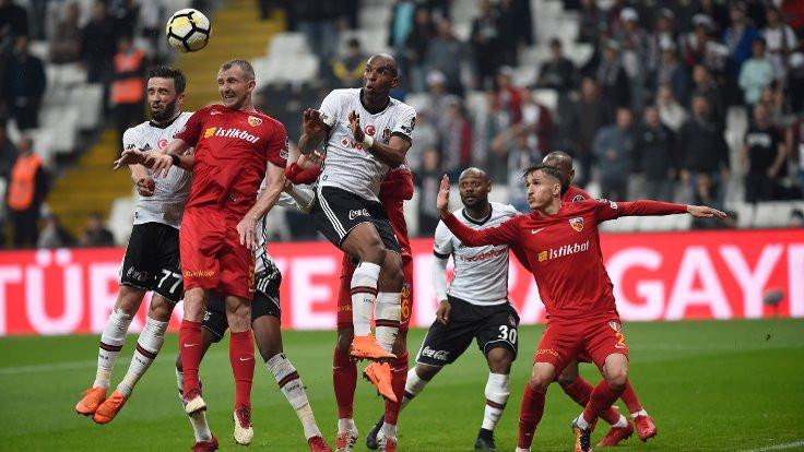 Vodafone Park'ta 2 gol 2 kırmızı kart