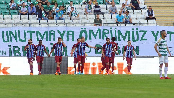 Trabzonspor, Bursaspor'u 3 golle geçti