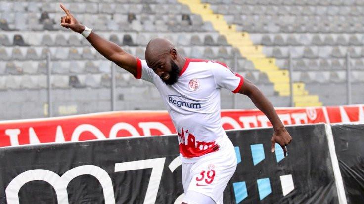 Antalyaspor, Gençlerbirliği deplasmanından 3 puanla dönüyor